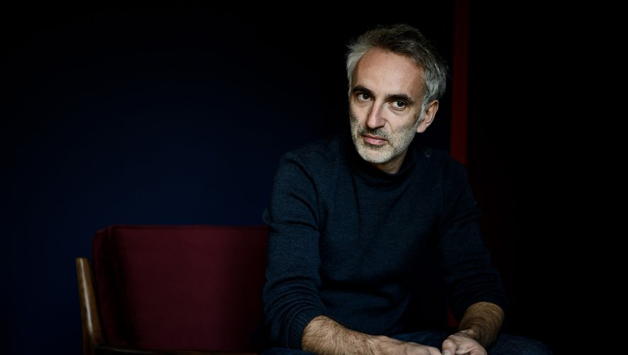 Vincent Delerm revient avec un nouvel album et un premier film dans lequel il déploie son univers musica
