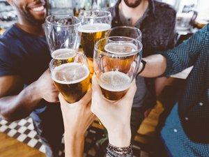 """80% des personnes interrogées dans le cadre de l'étude déclarent avoir consommé des drogues """"dures"""" en même temps que des fortes doses d'alcool."""