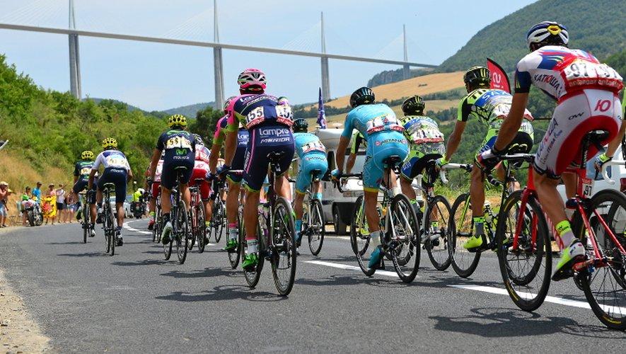 En 2020, le Tour de France va de nouveau passer sous le viaduc de Millau.