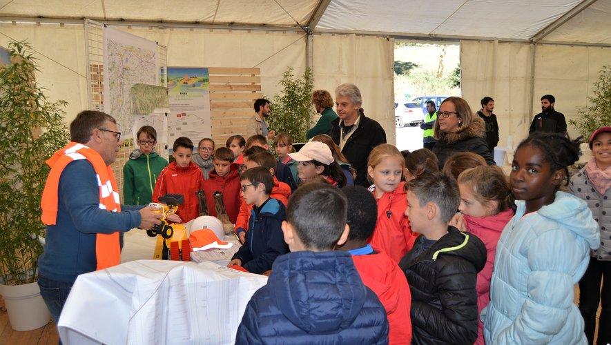 Des ateliers pédagogiques sont venus compléter la visite sur le terrain
