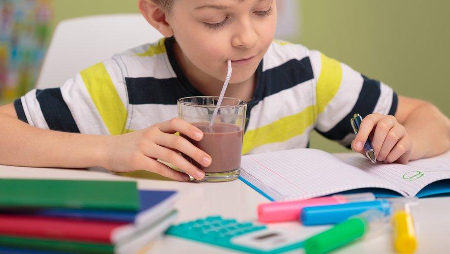 Les boissons plus saines, comme les 100% pur jus, ne représentent que 38 % des ventes de boissons pour enfants en 2018.