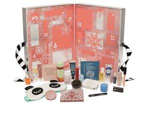 Le calendrier Christmas Favorites de Sephora - Prix : 89 euros - Site : www.sephora.fr.