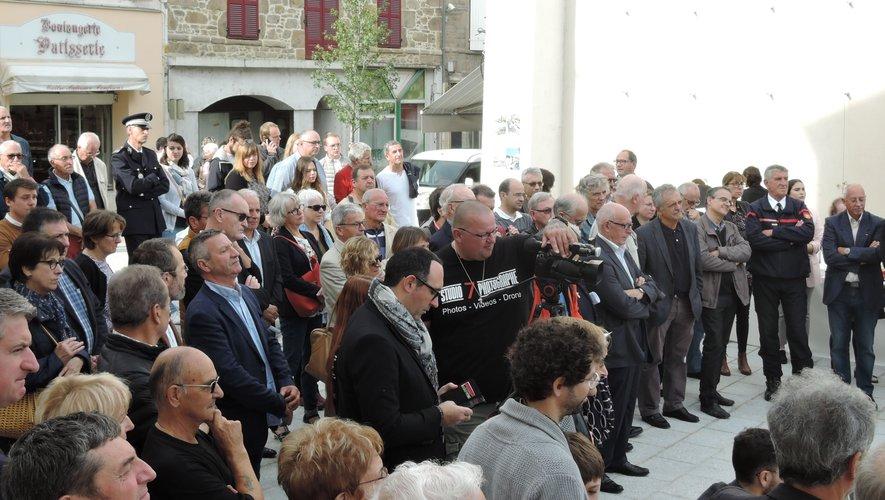 Un large public était présent à la cérémonie.