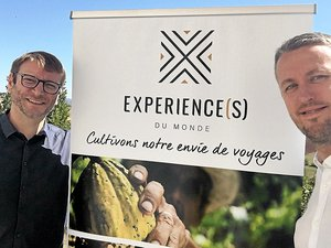 Originaires, respectivement, de Soulages-Bonneval et de Rieupeyroux, Arnaud Girodon et Guillaume Devals (de gauche à droite) ont créé, en février 2019,  une nouvelle agence de voyages, baptisée Expérience(s) du monde, dont le siège administratif est situé à Aucamville, dans la banlieue de Toulouse.DR