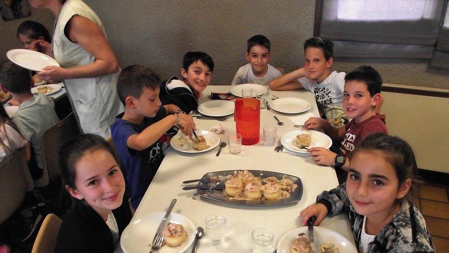 Les écoliers se sont régalés des menus préparés par Jean-Marc.