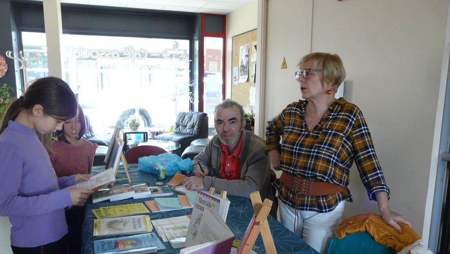 Ève Abad et Olivier Plagnes étaient au café associatif