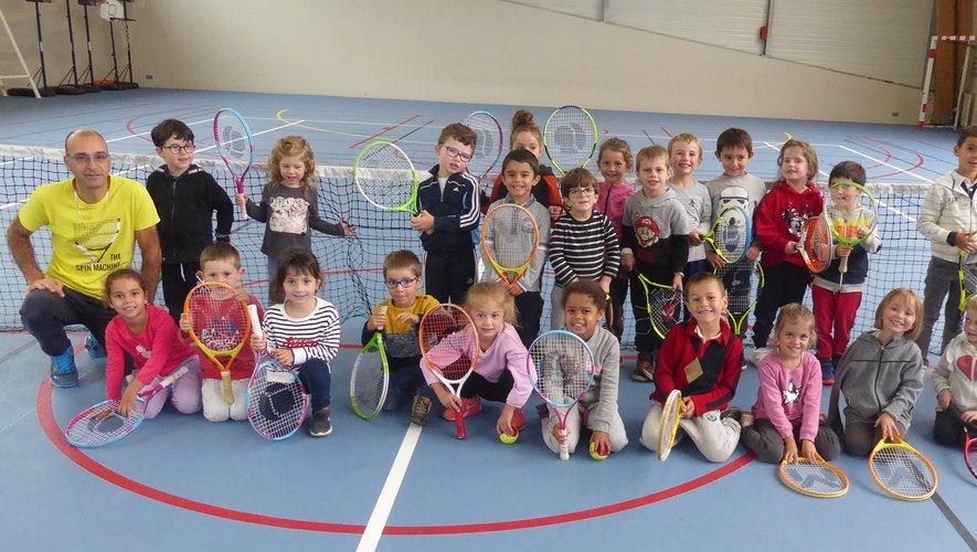 Le tennis s'invite à la maternelle de l'école Jean-Boudou