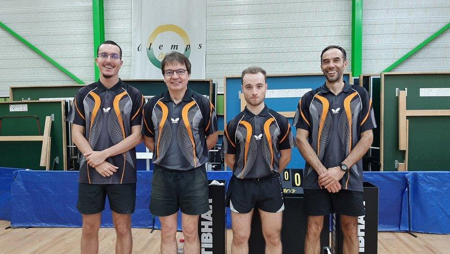 L'équipe II : Anthony Bousquet,Georges Andrieux,Alexis Poplin et Jean-Pierre Douls.