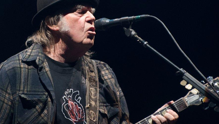 """Neil Young sortira son album """"Colorado"""" ce vendredi"""
