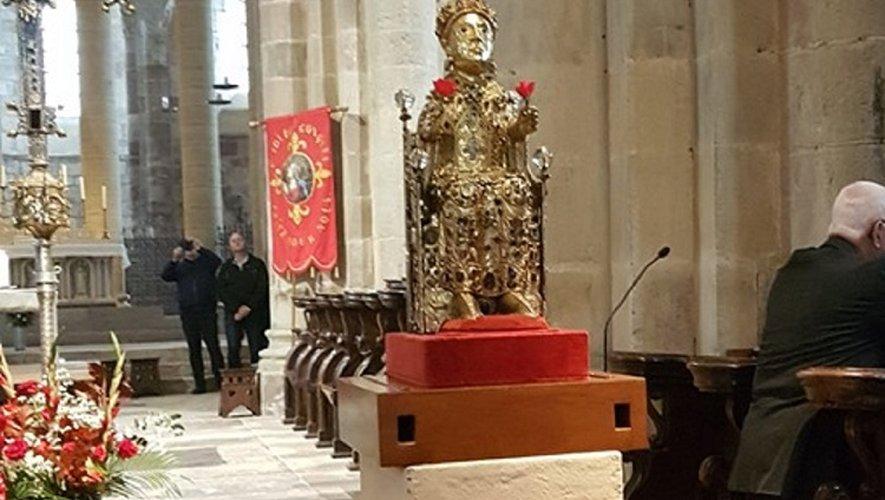 La statue reliquaire de la Majesté de sainte Foy dans le chœur de l'abbatiale.