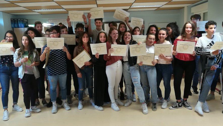 Le brevet fêté au collège Lucie-Aubrac