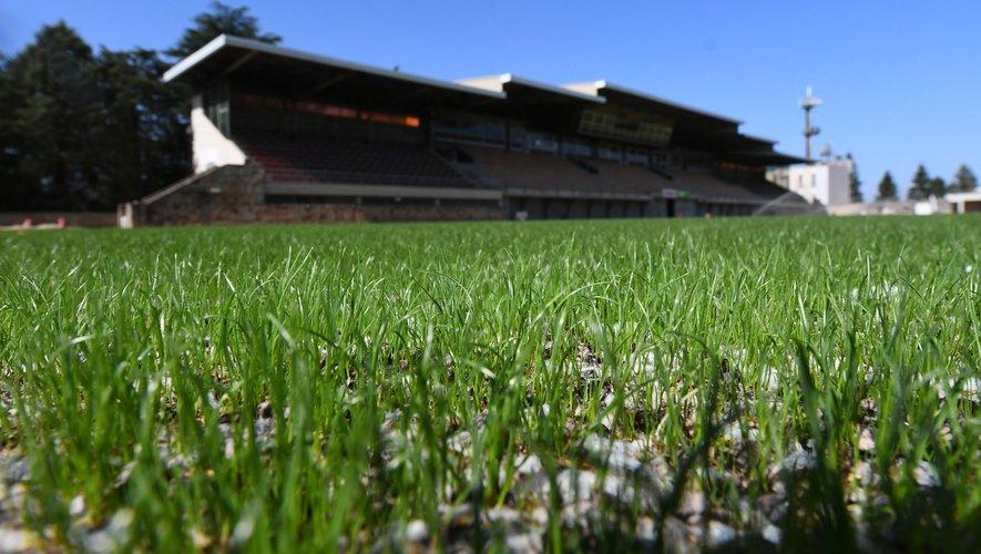 Le premier match sur la nouvelle pelouse de Paul-Lignon devrait être Rodez - Le Havre, le 29 novembre.