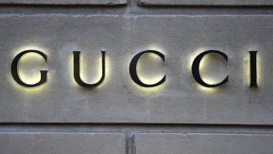 Logo Gucci.