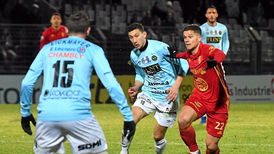 Opposés en National lors des deux dernières saisons, Rodez et Chambly se retrouvent en Ligue 2, ce soir.