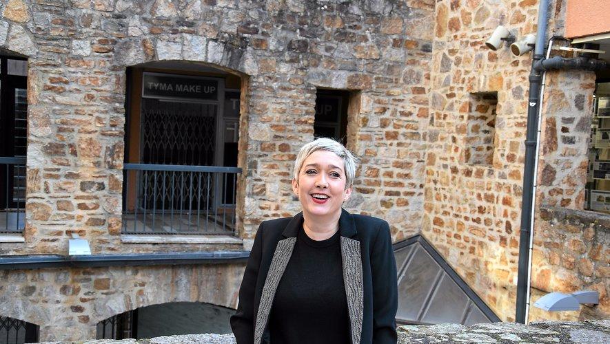 Si Audrey Calvo-Guiochet vit et travaille à Toulouse depuis l'âge de 18 ans, en l'occurrence dans la maison d'édition Plume de Carotte, elle prend toujours « grand plaisir » à rentrer à Rodez « le plus souvent possible ».