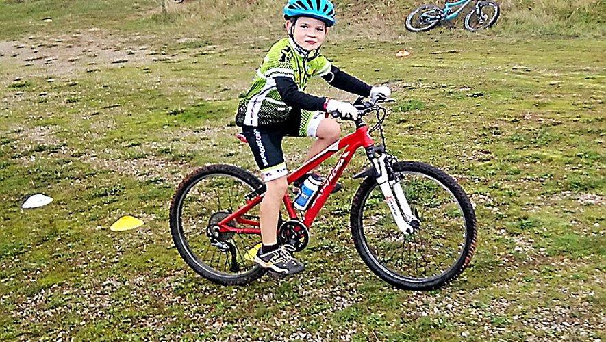 Une belle balade pour les enfants  de l'école de Vélo 2000 Onet