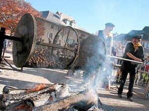 Cidre et châtaignes grillées à Sauveterre-de-Rouergue.