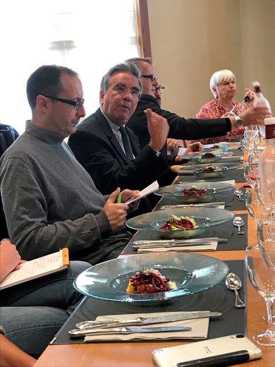 Le président du conseil départemental avait convié la presse aveyronnaise à un tour de table.