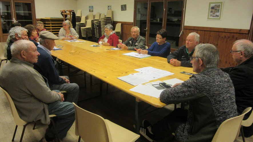Une première réunion a eu lieu à  Verrières.