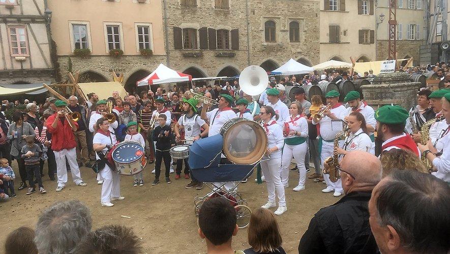 Les badauds ont été nombreux à venir assister à la 57e édition de la fête de la châtaigne.