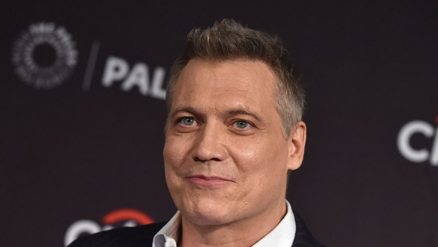 """Holt McCallany joue l'un des deux rôles principaux dans la série policière """"Mindhunter"""" depuis 2017 sur Netflix."""