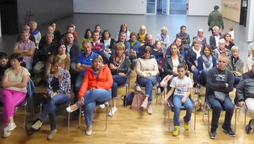 Les nombreux bénévoles participant à cette assemblée générale.