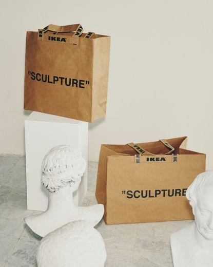 Sacs issus de la collection MARKERAD par IKEA et Virgil Abloh.