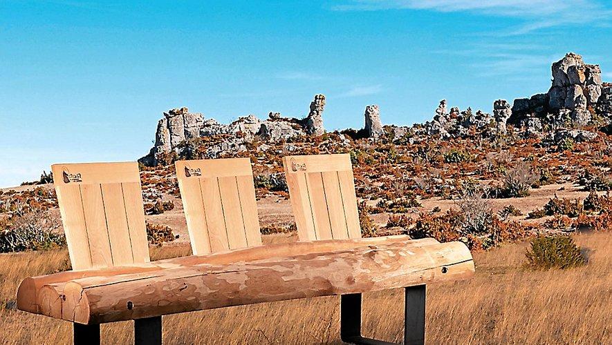 Le créateur Jacques Pierrejean a dessiné un mobilier  rurbain 100 % produit dans les grands causses. D. R.