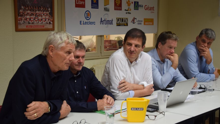 Florian Grill était de passage à Millau, ce mercredi soir, en compagnie de grands noms du rugby hexagonal.
