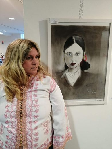 Alexandra Pocholle expose  ses peintures et dessins à la salle des Orchidées