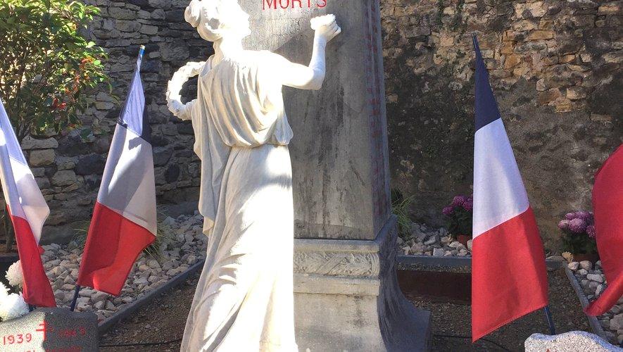 Élus, anciens combattants et population se retrouveront dimanche devant le monument aux morts.