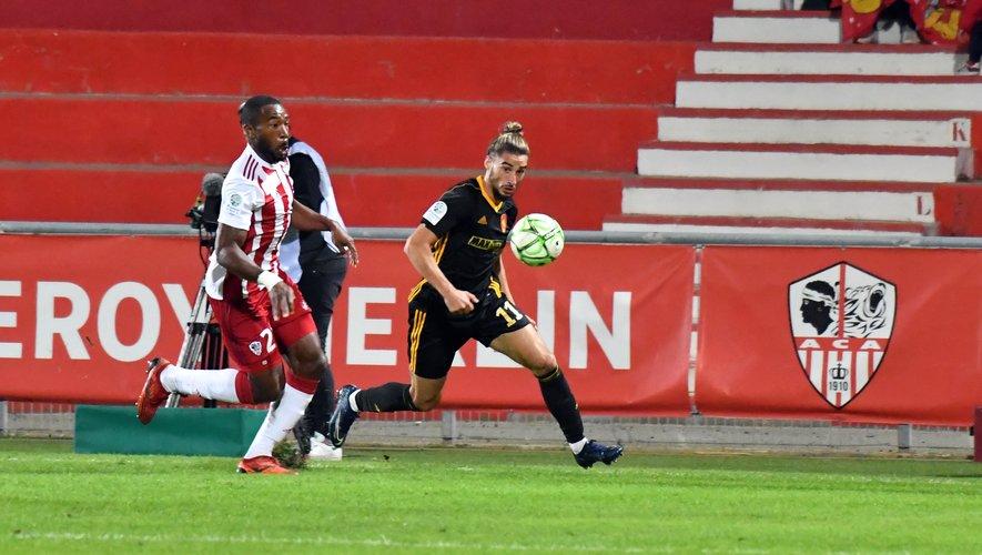 Avec sept buts inscrits, Ugo Bonnet affole les compteurs. Et certains clubs de L 1 ne seraient pas insensibles aux qualités de l'Héraultais.