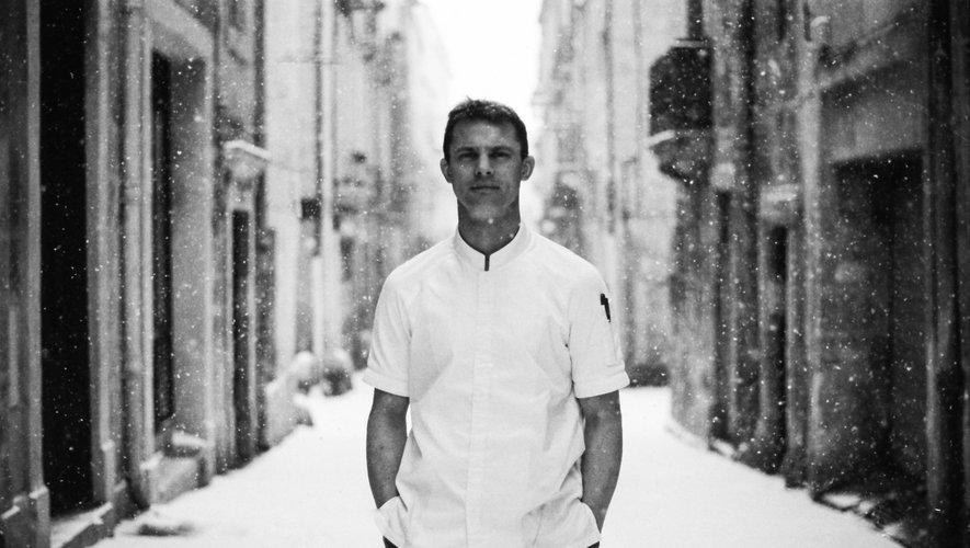 Passé par les cuisines prestigieuses de L'Astrance à Paris ou du Suquet à Laguiole, Daniel Lutrand a repris le Pastis à Montpellier avec Jean-Philippe Vivant. Repro