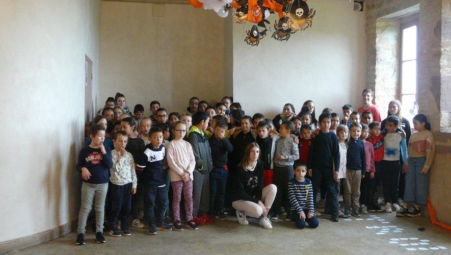 Les 58 jeunes prêts à affronter sorcières et fantômes !
