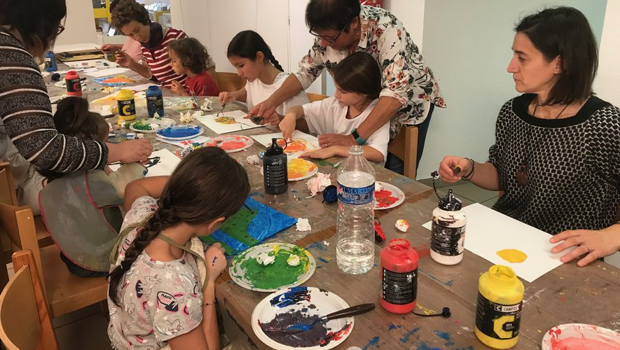 Un atelier peinture très recherché pendant les vacances.
