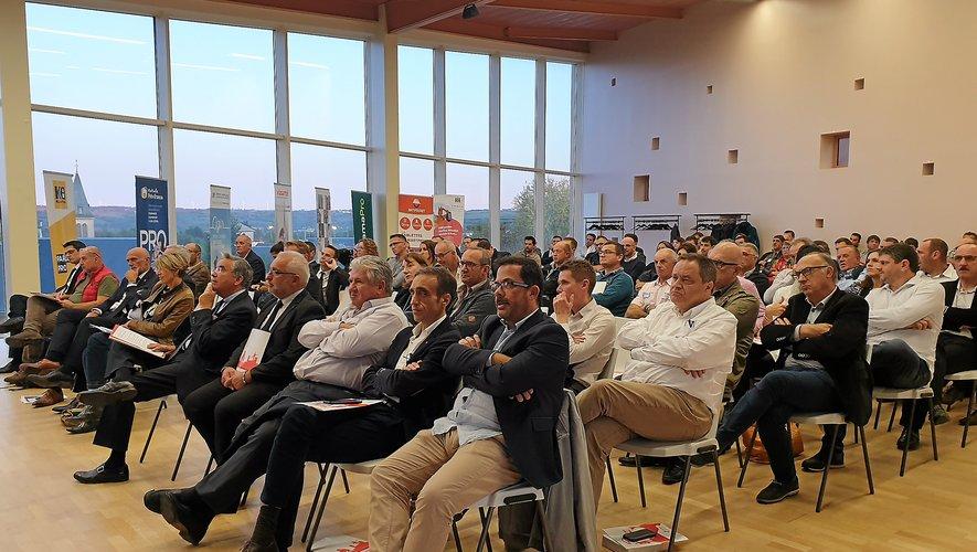 De nombreuses personnalités ont assisté à l'assemblée générale de la Capeb.