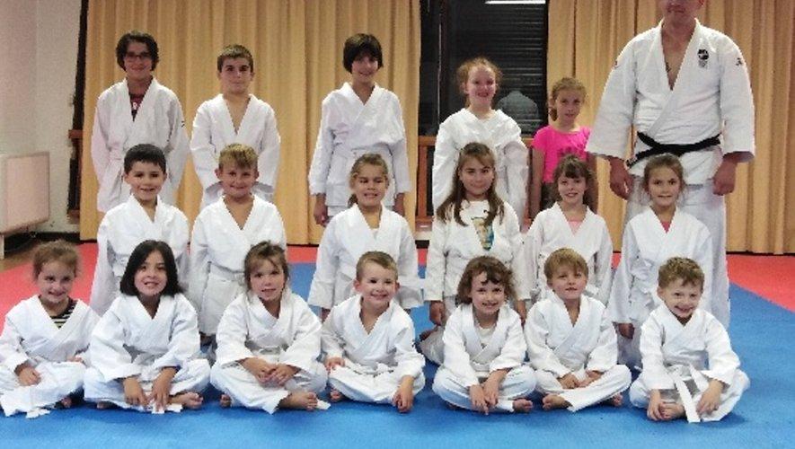 Le judo, un sport qui démarre fort avec des enfants très enthousiastes