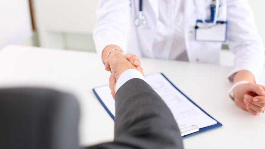 Industrie pharmaceutique : l'impact des « cadeaux » aux médecins sur les ordonnances