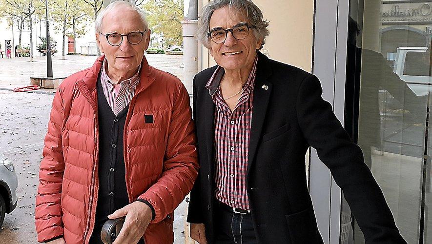 Guy de Roquetaillade, responsable des relations et Jean-Paul Duhamelet, président du Lions club de Millau.
