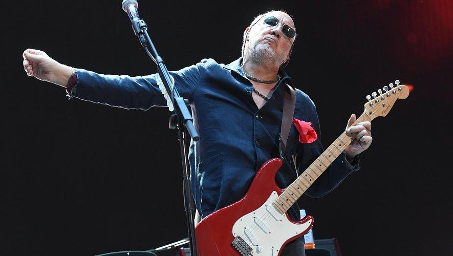 """Le guitariste et compositeur du groupe de rock britannique The Who, Pete Townshend, a présenté jeudi à Londres son premier roman, """"L'ère de l'anxiété"""""""