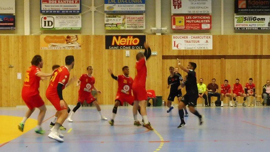 Les handballeurs viseront une victoire à l'extérieur.