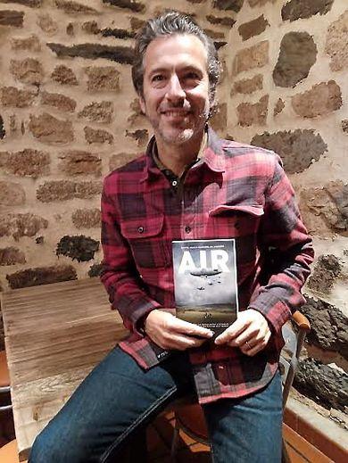 Raphaël de Andréis est un passionné de l'Aubrac et c'est tout naturellement là que se passe l'histoire de son livre.