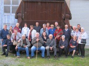 L'équipe des bénévoles devant le musée du Patrimoine industriel et minier de Decazeville.