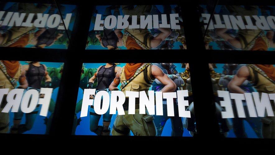 Les adeptes du jeu en ligne Fortnite ont été encouragés lundi a déposer les armes virtuelles pour commémorer l'Armistice.
