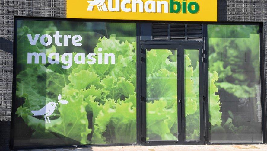 En 2018, la grande distribution a enregistré quasiment la moitié des achats des ménages, avec 4,47 milliards d'euros de chiffre d'affaires sur 9,1 milliards de produits bio achetés dans l'Hexagone.