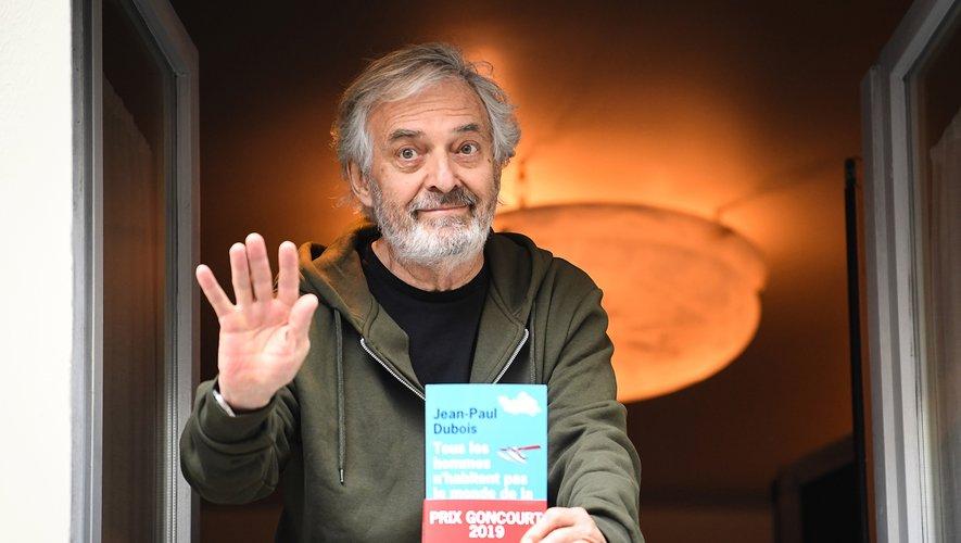 """Jean-Paul Dubois, prix Goncourt de cette année avec """"Tous les hommes n'habitent pas le monde de la même facon"""""""