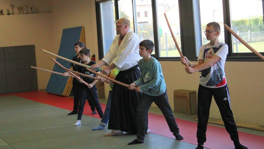 Les jeunes de la MJC à la découverte de l'aïkido traditionnel