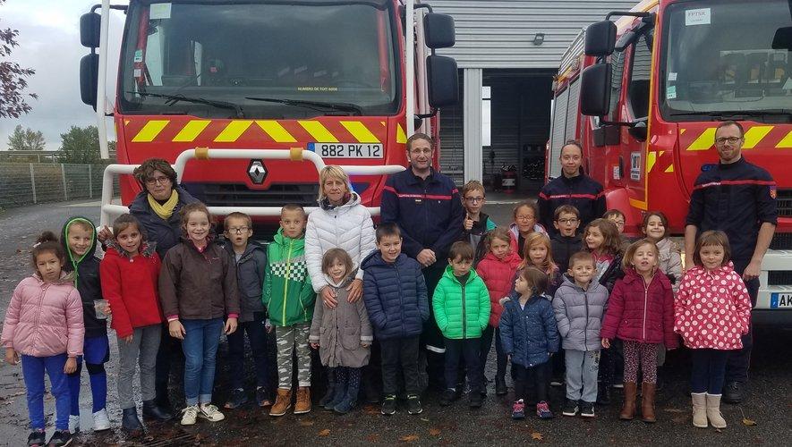 Les enfants de l'accueil de loisirs s'invitent à la caserne des pompiers