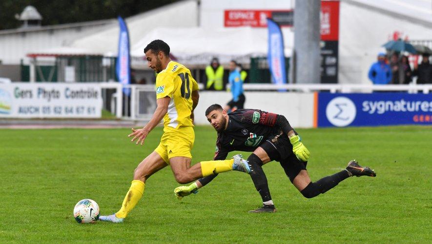 Titularisé en attaque, Ayoub Ouhasfa a inscrit un doulé.