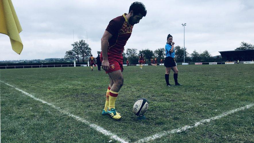 Thomas Combret et le Rodez rugby affrontent Luzech sur le terrain de Cassagnes.